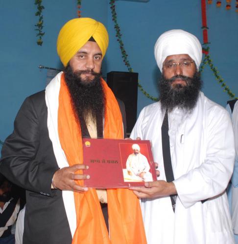 Adutti Gurmat Sangeet Samellan- 2011 (1)