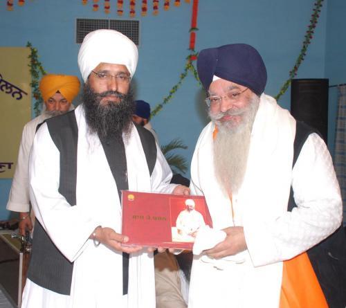 Adutti Gurmat Sangeet Samellan- 2011 (10)