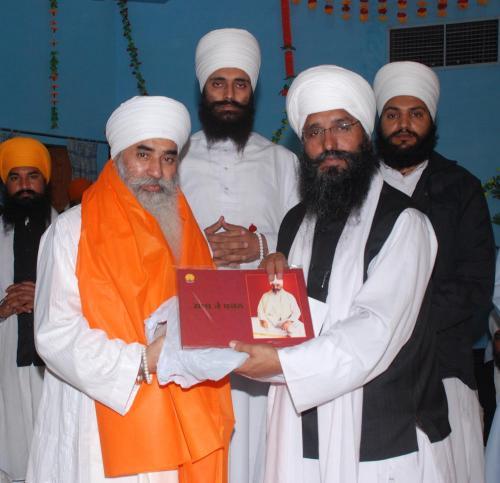 Adutti Gurmat Sangeet Samellan- 2011 (11)