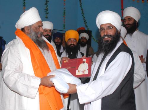 Adutti Gurmat Sangeet Samellan- 2011 (12)