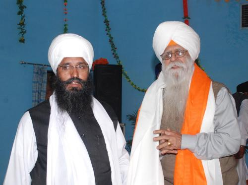 Adutti Gurmat Sangeet Samellan- 2011 (16)