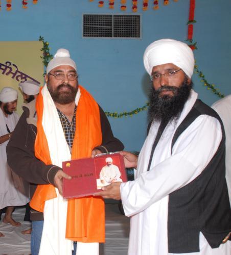 Adutti Gurmat Sangeet Samellan- 2011 (17)