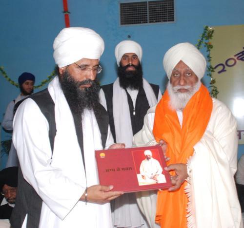 Adutti Gurmat Sangeet Samellan- 2011 (20)