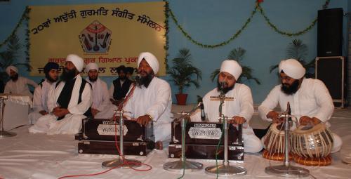 Adutti Gurmat Sangeet Samellan- 2011 (23)