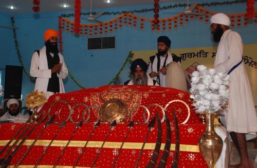 Adutti Gurmat Sangeet Samellan- 2011 (27)