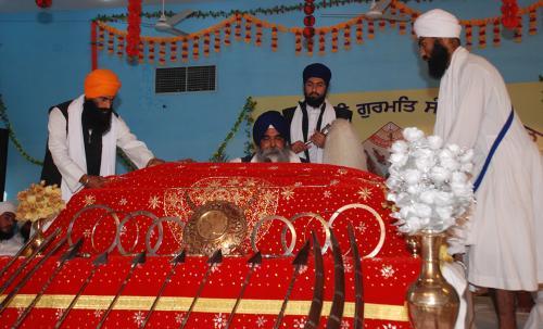 Adutti Gurmat Sangeet Samellan- 2011 (28)
