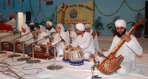 Adutti Gurmat Sangeet Samellan- 2011 (30)