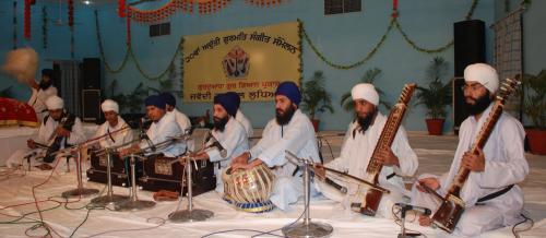 Adutti Gurmat Sangeet Samellan- 2011 (41)