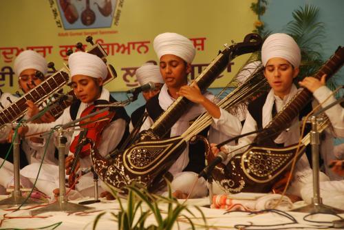 Adutti Gurmat Sangeet Samellan- 2011 (45)