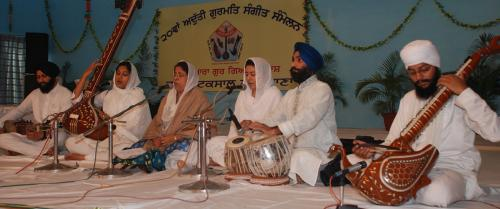Adutti Gurmat Sangeet Samellan- 2011 (50)