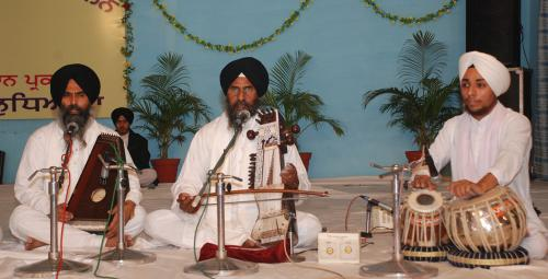 Adutti Gurmat Sangeet Samellan- 2011 (52)