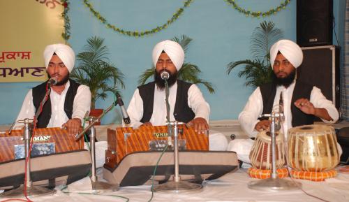 Adutti Gurmat Sangeet Samellan- 2011 (54)