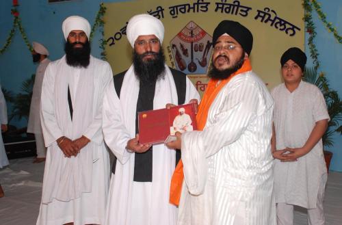 Adutti Gurmat Sangeet Samellan- 2011 (6)