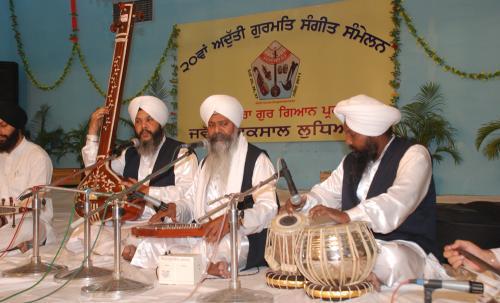 Adutti Gurmat Sangeet Samellan- 2011 (62)