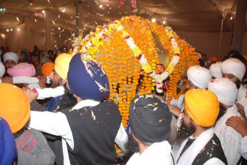 Adutti Gurmat Sangeet Samellan- 2011 (64)
