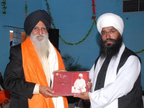 Adutti Gurmat Sangeet Samellan- 2011 (7)