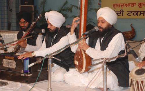 Adutti Gurmat Sangeet Samellan- 2011 (71)