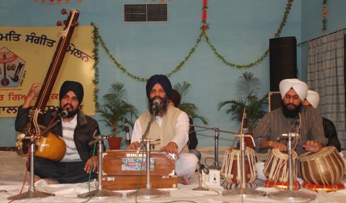 Adutti Gurmat Sangeet Samellan- 2011 (72)