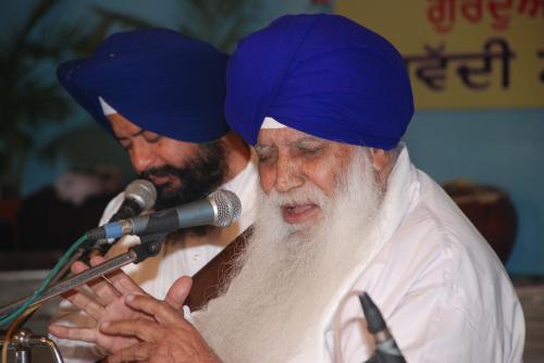 Adutti Gurmat Sangeet Samellan- 2011 (77)