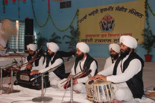 Adutti Gurmat Sangeet Samellan- 2011 (82)