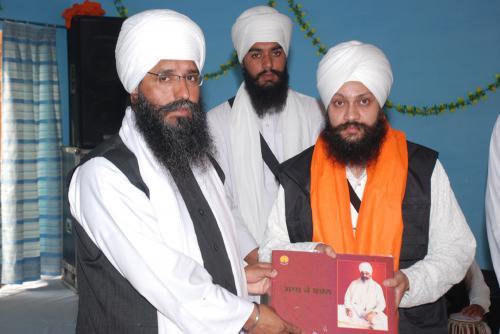 Adutti Gurmat Sangeet Samellan- 2011 (83)