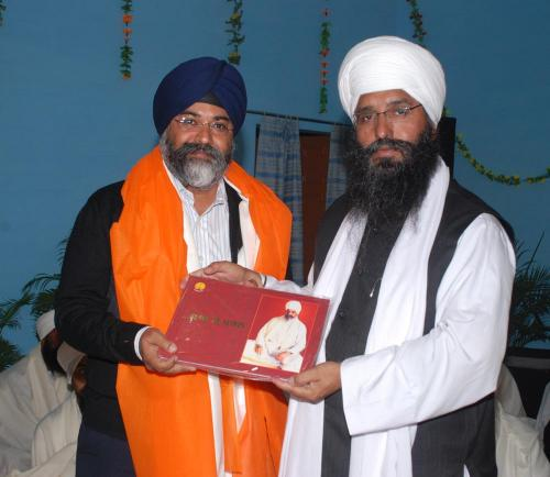 Adutti Gurmat Sangeet Samellan- 2011 (9)
