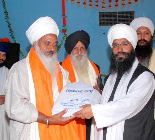 Adutti Gurmat Sangeet Samellan- 2011 (90)