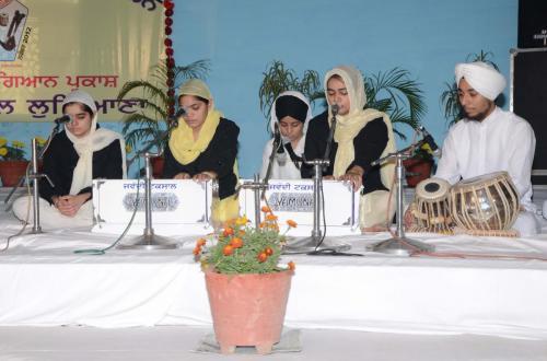 Adutti Gurmat Sangeet Samellen Jawaddi Taksal 2012 (20)