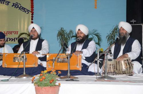 Adutti Gurmat Sangeet Samellen Jawaddi Taksal 2012 (24)