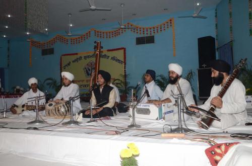 Adutti Gurmat Sangeet Samellen Jawaddi Taksal 2012 (31)