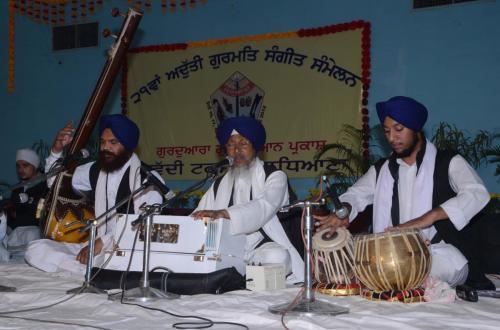Adutti Gurmat Sangeet Samellen Jawaddi Taksal 2012 (35)
