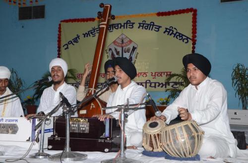 Adutti Gurmat Sangeet Samellen Jawaddi Taksal 2012 (50)