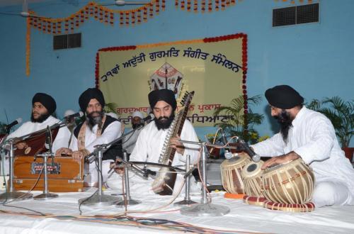 Adutti Gurmat Sangeet Samellen Jawaddi Taksal 2012 (52)