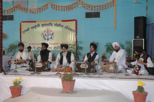 Adutti Gurmat Sangeet Samellen Jawaddi Taksal 2012 (62)