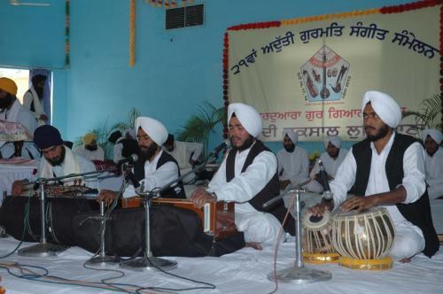 Adutti Gurmat Sangeet Samellen Jawaddi Taksal 2012 (63)