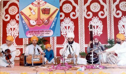 Adutti Gurmat Sangeet Samellan- 1991 (12)