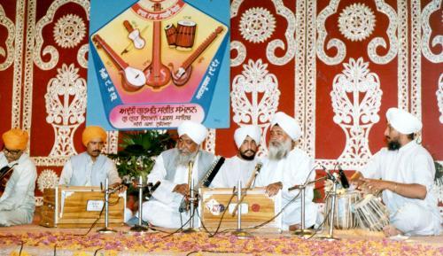 Adutti Gurmat Sangeet Samellan- 1991 (27)