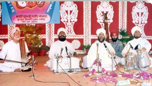 Adutti Gurmat Sangeet Samellan- 1991 (31)