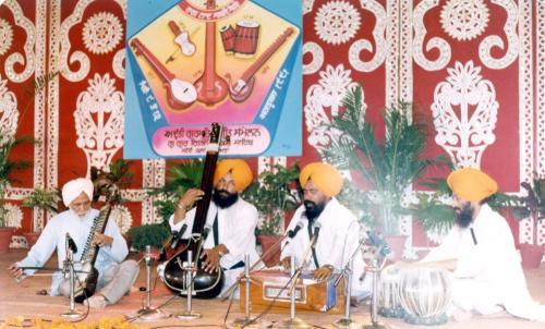 Adutti Gurmat Sangeet Samellan- 1991 (36)