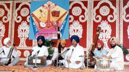 Adutti Gurmat Sangeet Samellan- 1991 (5)