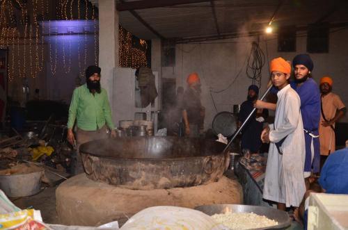 Adutti Gurmat Sangeet Samallen 2016 (60)