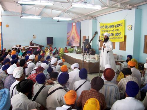 Gurmat Sangeet Workshop 2005 (16)