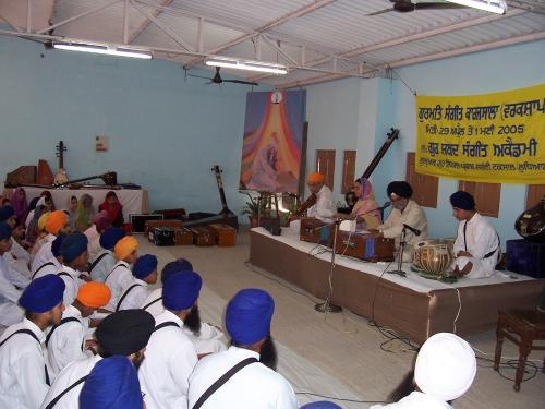Gurmat Sangeet Workshop 2005 (2)