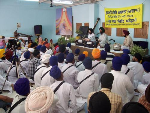 Gurmat Sangeet Workshop 2005 (8)