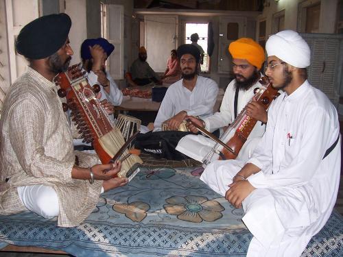 Gurmat Sangeet Workshop 2006 (17)