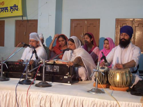 Gurmat Sangeet Workshop 2006 (20)
