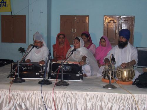 Gurmat Sangeet Workshop 2006 (21)