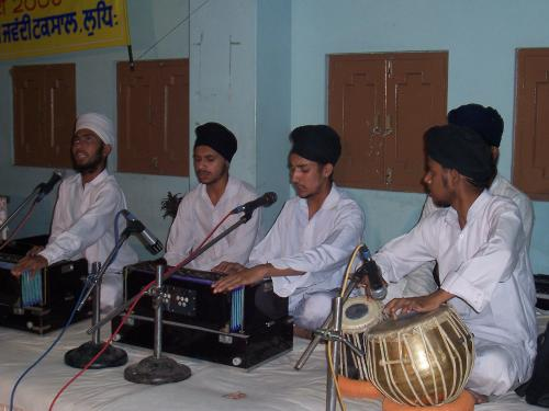 Gurmat Sangeet Workshop 2006 (23)