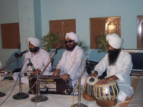 Gurmat Sangeet Workshop 2006 (25)