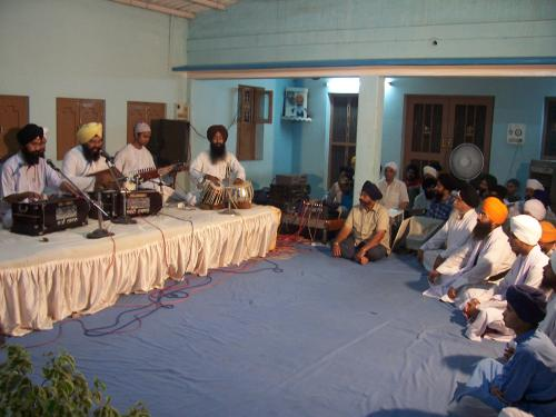 Gurmat Sangeet Workshop 2006 (28)